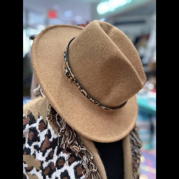 Panama Leopard Band Felt Hat in Khaki