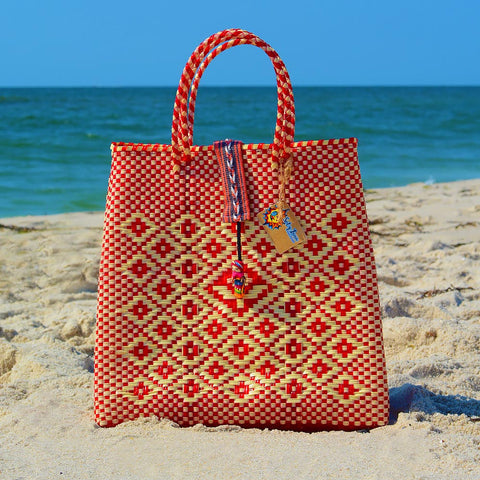 Oaxaca handbag on the beach in red and cream