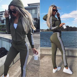 New Women's 2 Piece Tracksuit Set (FREE GIFT INCLUDED)