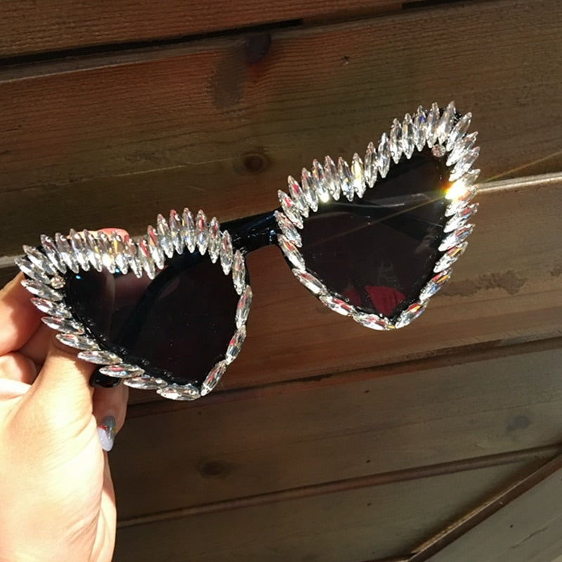 """COLD HEARTED"" Designer Heart Sunglasses - Order It All"