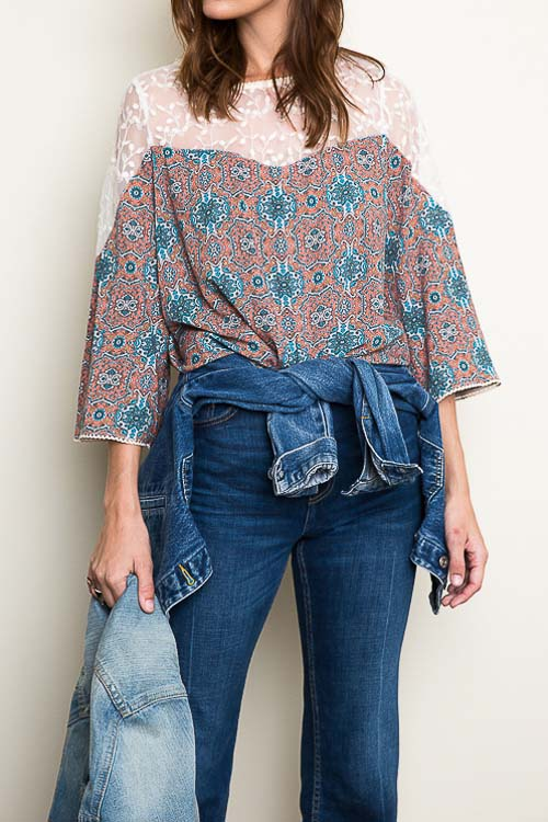 Lace Panel Boho Print Blouse w/ 3/4 Sleeve