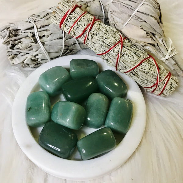 Green Aventurine Crystal Tumble Stone Set - Black Cat Coven Couture
