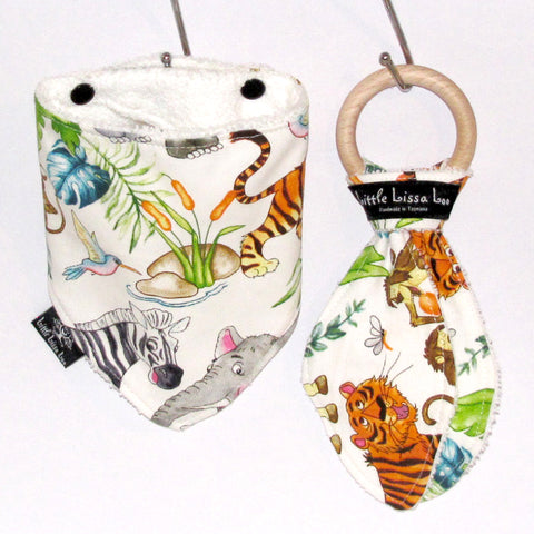 wild animals teething gift set