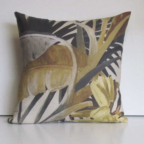 La Palma linen cushion cover
