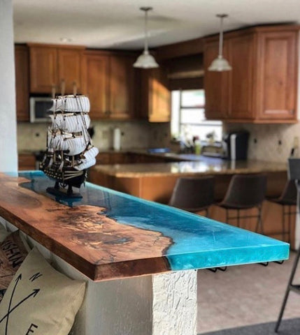 Crystal Clear Epoxy Resin River Table Top