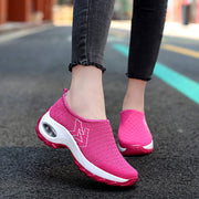 Women's Round Head Mesh Set Foot Soft Sports Casual Shoes