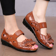 Women Soft Genuine Leather Fashion Solid Sandals