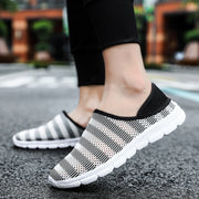 Men Hollow Out Mesh Fabrics Round-Toe Flat Casual Shoes