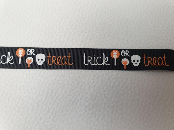 Halloween Patterned M 19mm Adjustable Clip Collar