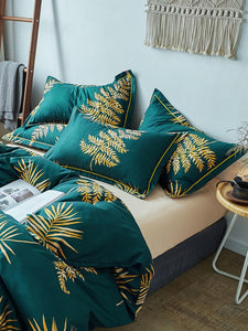 Emerald Island Bed Set