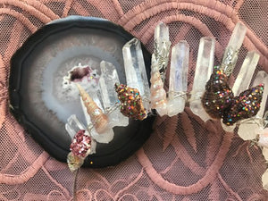 ARRIVING SOON > The Penny - Raw Quartz crown with glitter shells