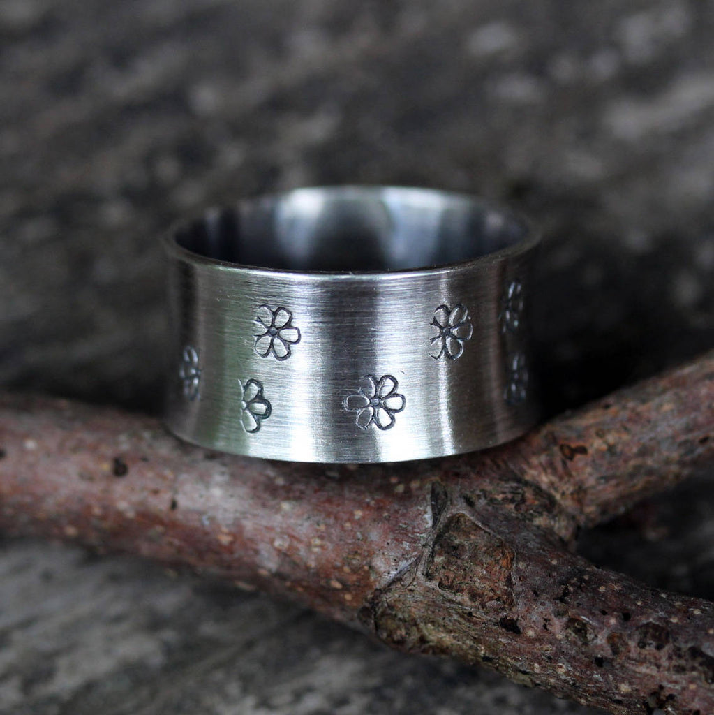 Daisy ring / sterling silver ring / wide band ring / stamped ring / gift for her / jewelry sale / boho ring / cute ring / wide band