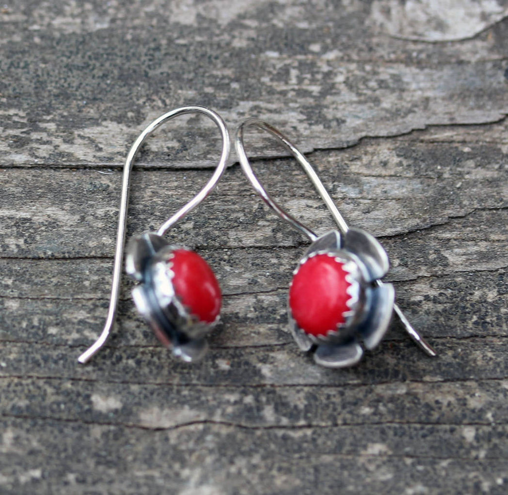 Red coral sterling silver flower dangle earrings / sterling silver earrings / gift for her / jewelry sale / posy / flower earrings
