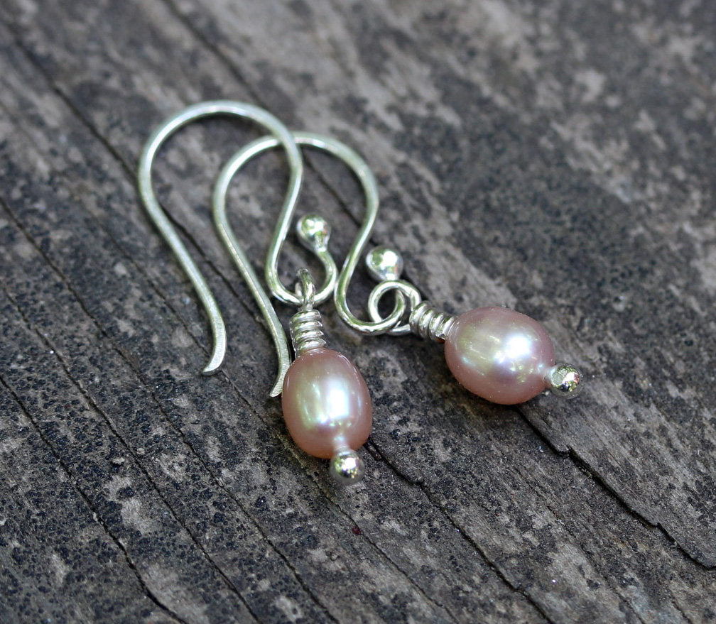 Pink pearl dangle earrings / freshwater pearls / gift for her / sterling silver earrings / bridesmaid gift / tiny pearl earrings