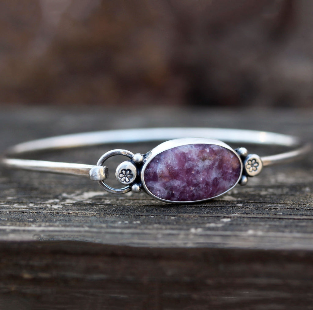 Lepidolite sterling silver bangle bracelet / purple stone bracelet / gift for her / jewelry sale / daisy bracelet / boho bracelet