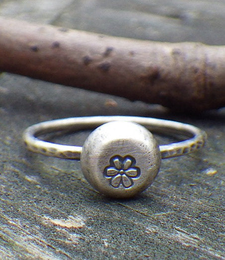 Daisy ring / sterling silver ring / daisy stamped ring / gift for her / jewelry sale / boho ring / rustic ring / flower ring / stacking ring