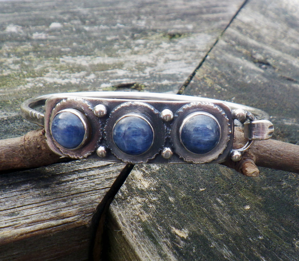 Kyanite bracelet / kyanite bangle bracelet / gift for her / jewelry sale / sterling silver bracelet / silver bangle bracelet / stone bangle