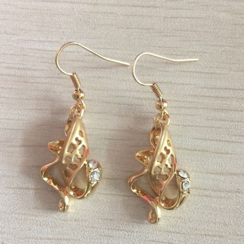 Cute girls music Note gold color Earring Fashion dangle Earrings for Women Jewelry Wholesale Gift Hot Sell Forbid Skin Allergy