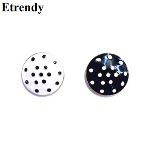 Korean Vintage Black White Point Earings Statement Round Disk Big Stud Earrings For Women New Fashion Jewelry Geometric Brincos