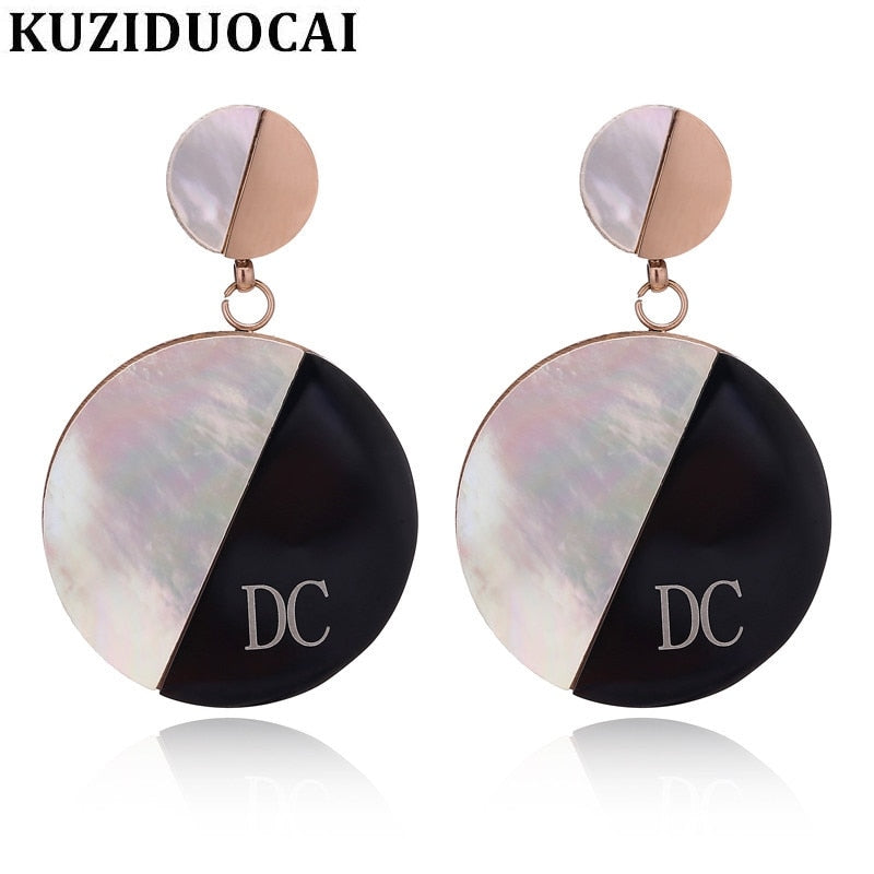 2018 New ! Fashion Fine Noble Jewelry Titanium Stainless Steel Shell Letters DC Circle Stud Earrings For Women E-179