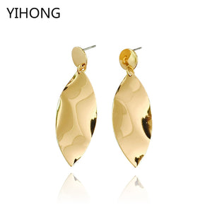 Leaf Pendant Earrings Charm Gold Color Smooth Iron Sheet Brincos for Fashion Women Girl Jewelry