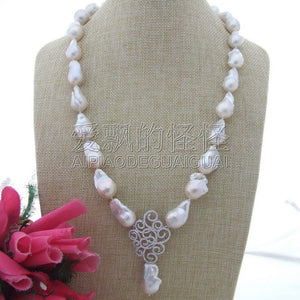 N111905 25 13x19MM-17x28MM White Keshi Pearl Necklace