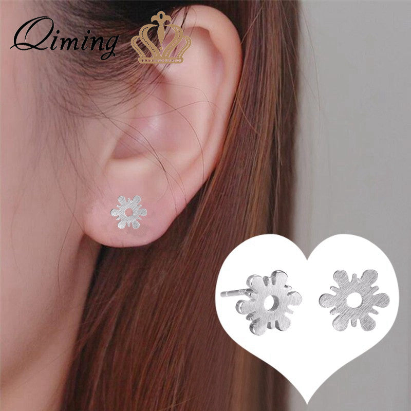 Pure Snowflake Stud Earrings For Girls Tiny Silver Small Women Jewelry Winter Christmas Gift Snowy Fashion Earrings Gift