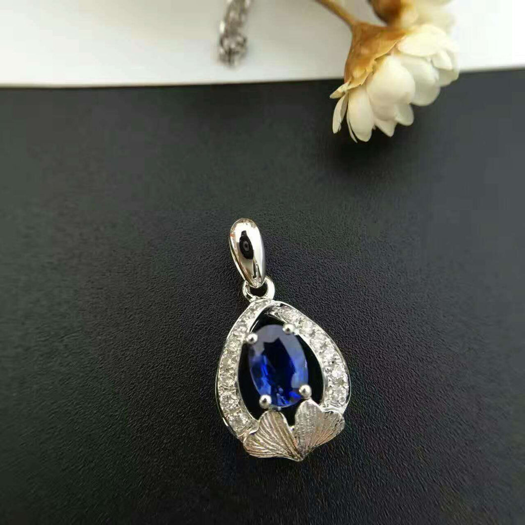 18K White Gold 0.1carat Diamond Encrusted Sri L 0.85carat Sapphire Pendant Necklace with Chain for Women Certified