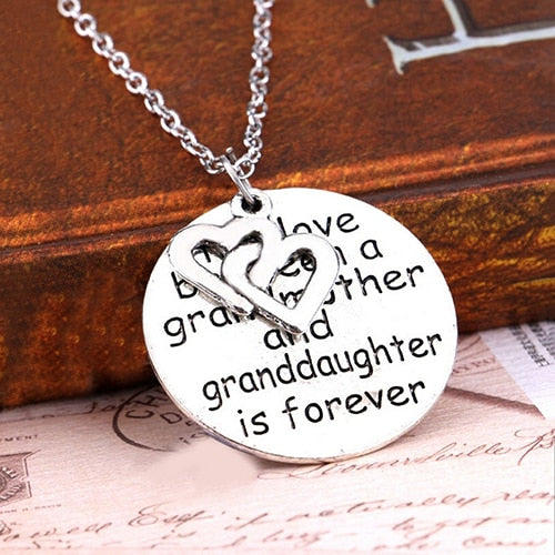 Trendy Heart Letter Round Pendant Necklace Jewelry Family Love Grandmother Gift