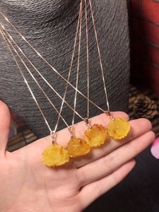Wholesale Natural Baltic Amber Rose Flower Pendant Women Fashion Jewelry Real Amber Stone Great Gifts