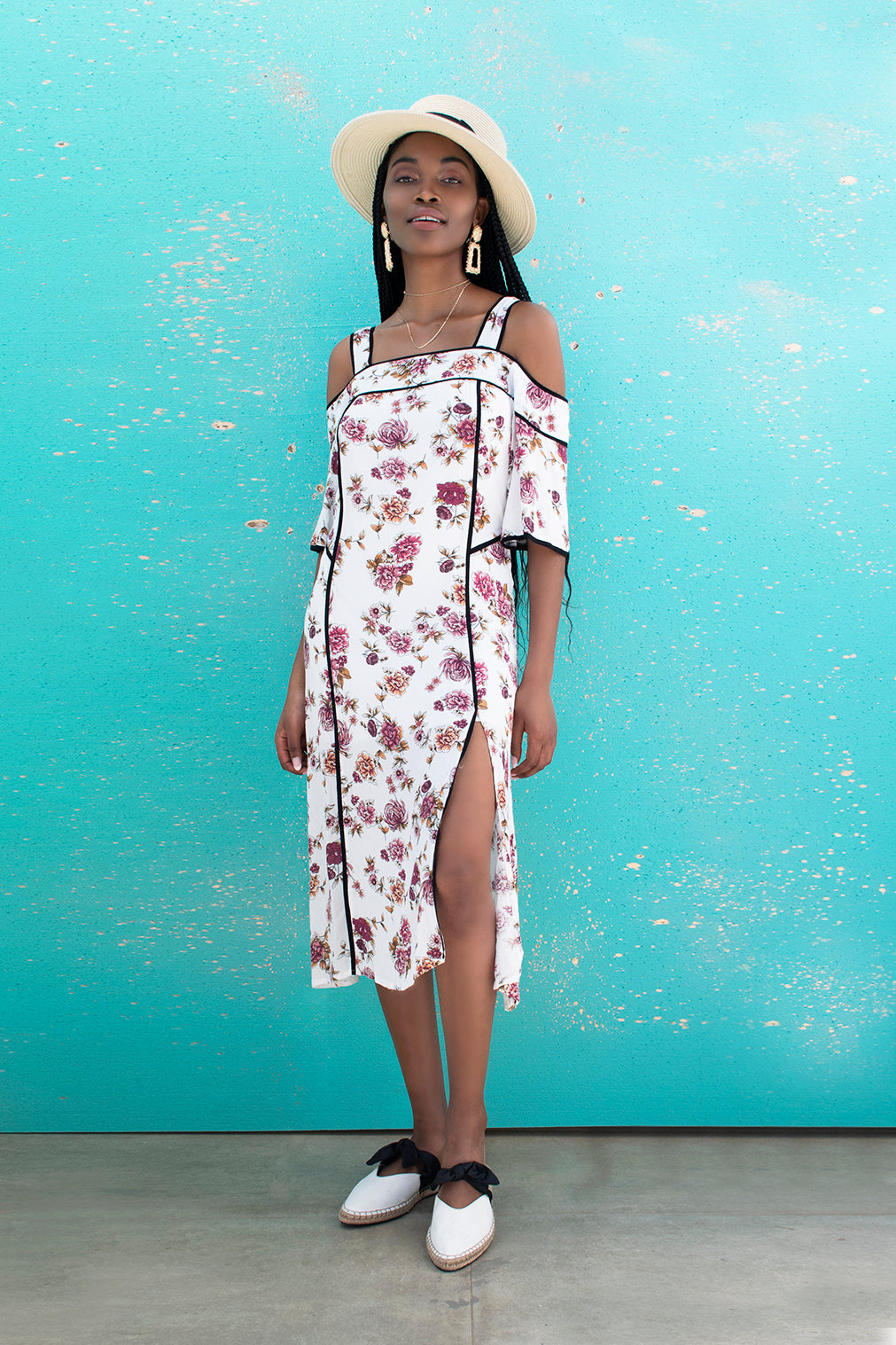 448d1e635371 ... Load image into Gallery viewer, Laura White Floral Dress