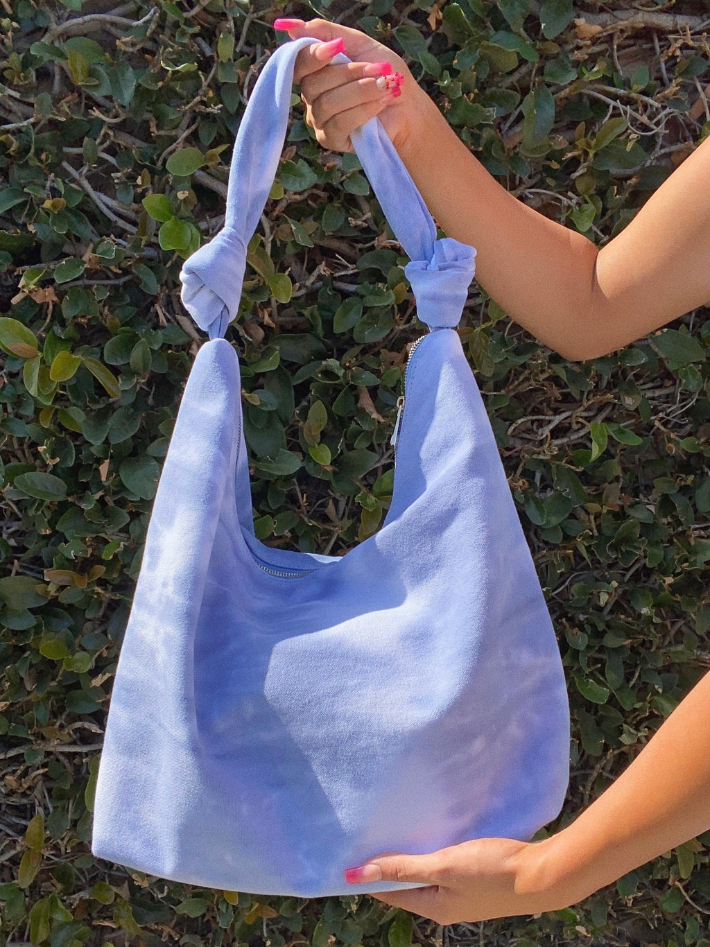 trixie bag (LIGHT BLUE TIE DYE)