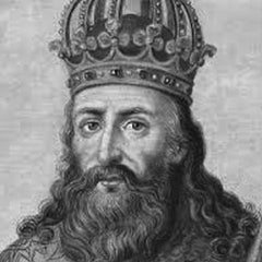 Charlemagne-Top 10 Greatest Leaders-Star Statues