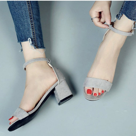 Gladiator Buckle Strap Cover Heel Fashion Chunky Ladies Sandals .