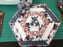 Load image into Gallery viewer, 60 degree Table Topper Free Pattern