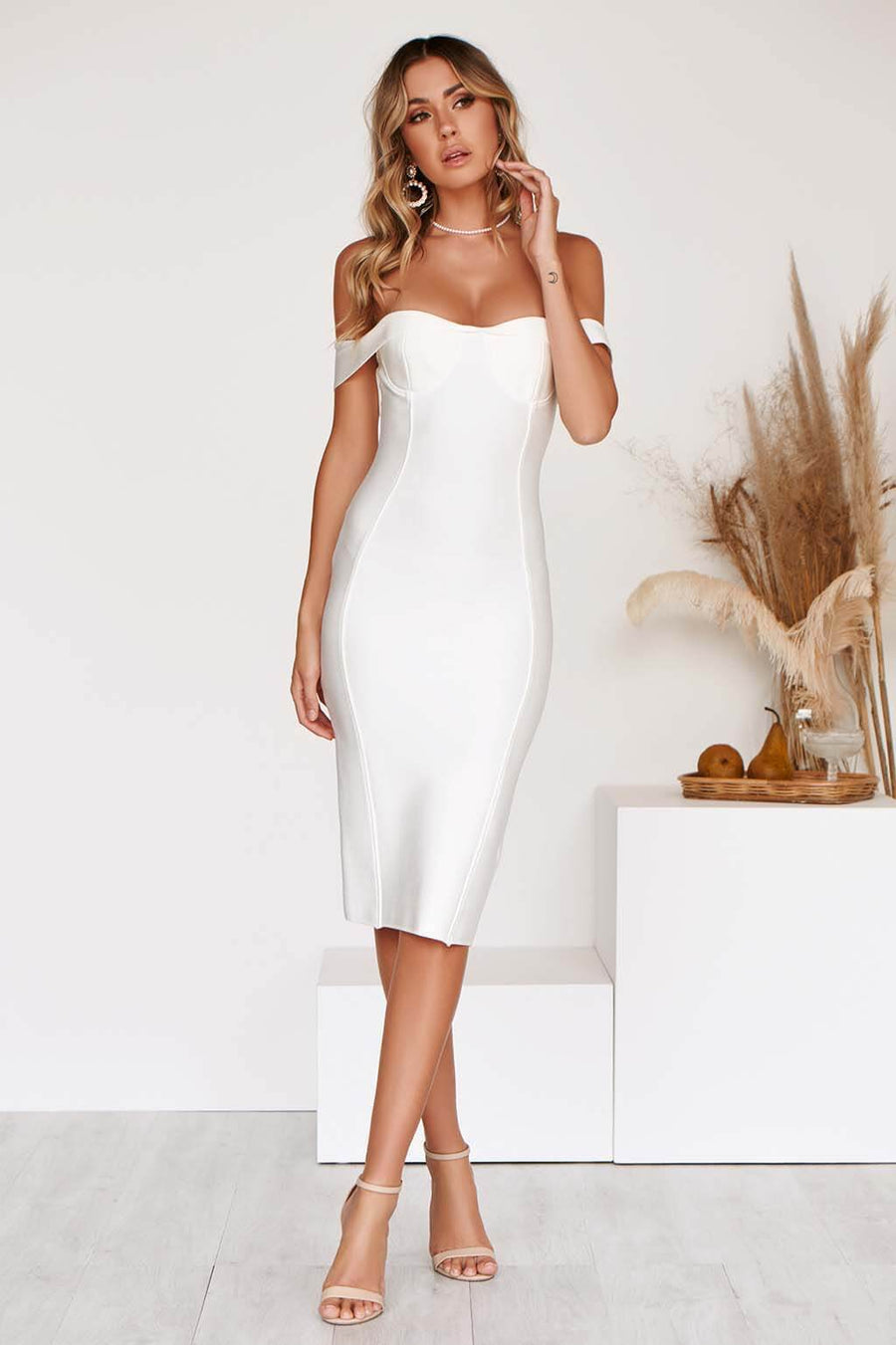 SHANAE LX BANDAGE DRESS IN WHITE