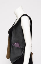 Load image into Gallery viewer, Leather Vest Profile Pocket S/M