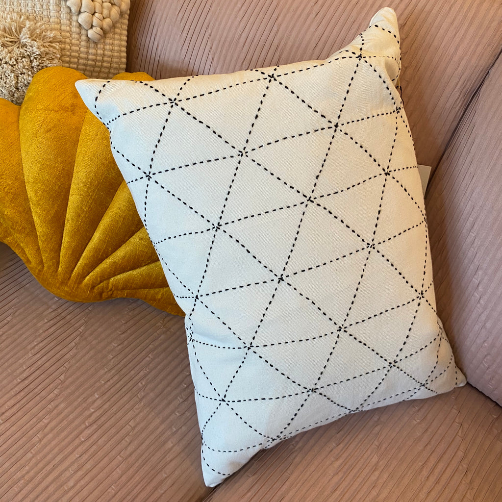 Graph Small Pillow in Bone