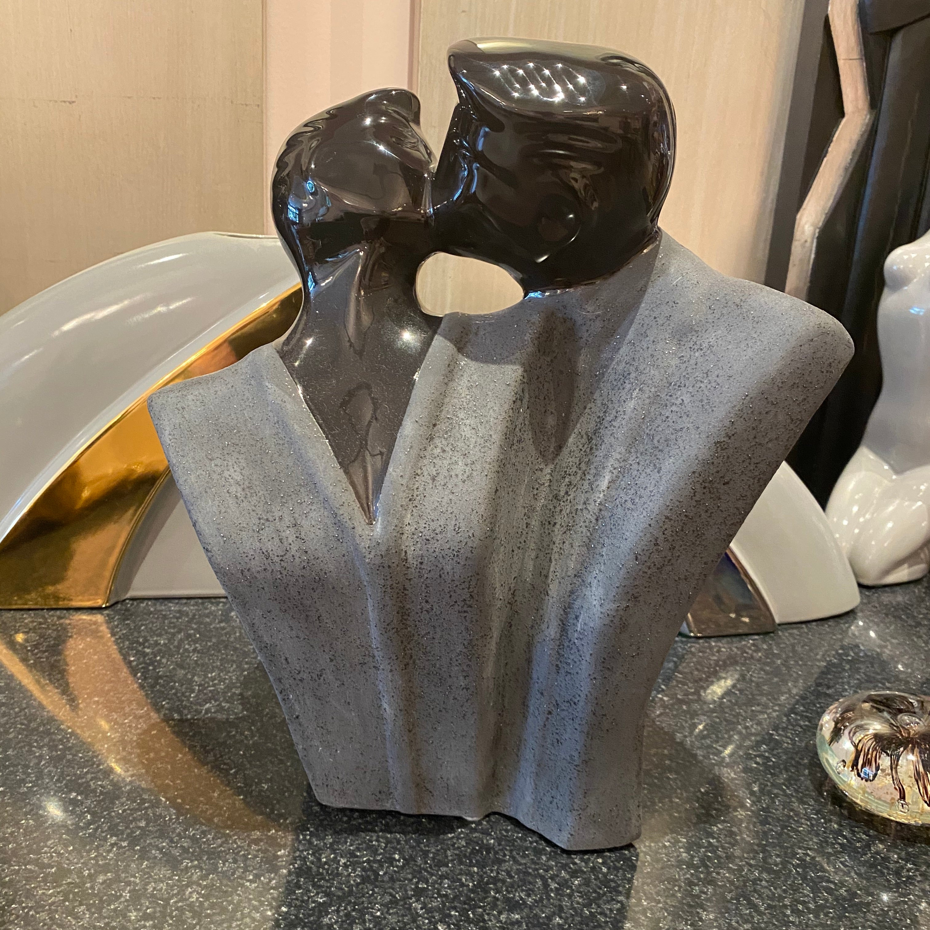 Lindsey Balkweill Style Kissing Couple Statue