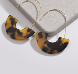 Leopard Tortoise Shell Drop Earrings - Peachy Cola