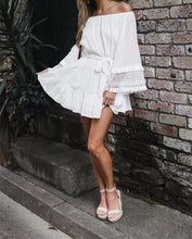 Load image into Gallery viewer, White oversized dress with tassels
