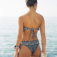 Load image into Gallery viewer, Bandeau ditsy print bikini set