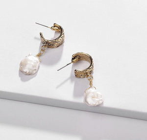 Antique Fresh Water Pearl Gold Drop Earrings - Peachy Cola