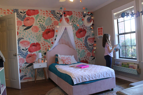 Poppy wall paper and white canopy - blue house joys