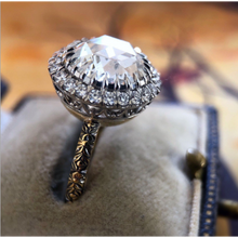 Load image into Gallery viewer, Glamorous Round Cut Silver Ring