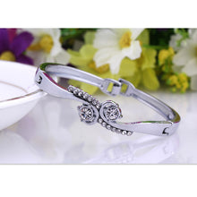 Load image into Gallery viewer, Adorable Rhinestone Love Bracelet