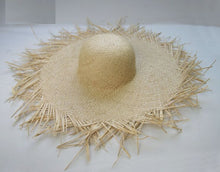 Load image into Gallery viewer, Fringe Edge Big Straw Hat