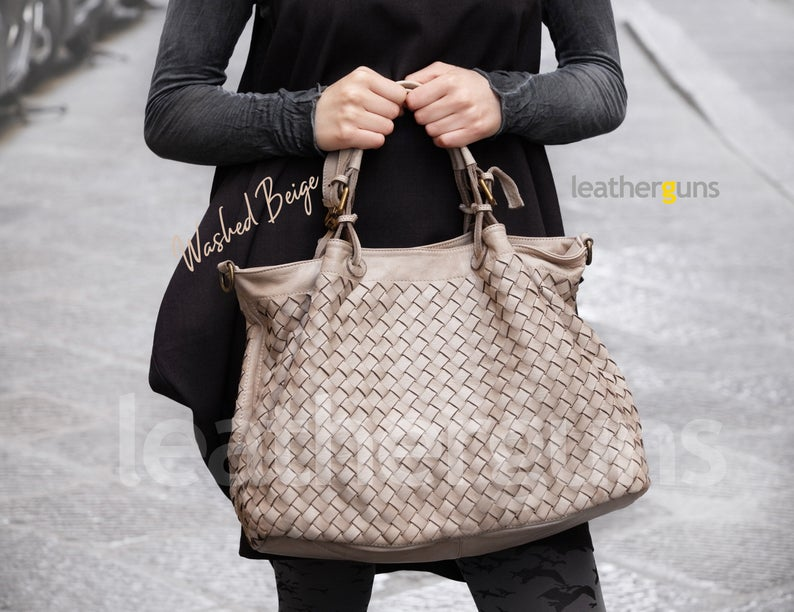 AMELIA LEATHER HANDBAG