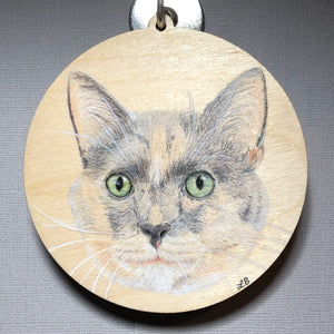 wood pet ornament calico cat colored pencil
