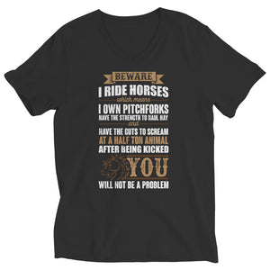 Beware i Ride Horses - T-shirt - Ladies V-neck / Black / s - Unisex Shirt - Visualtshirt.com